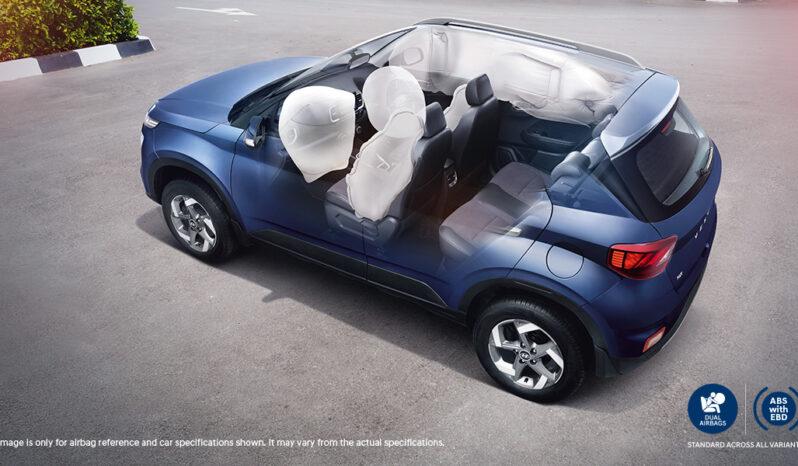Hyundai Venue full